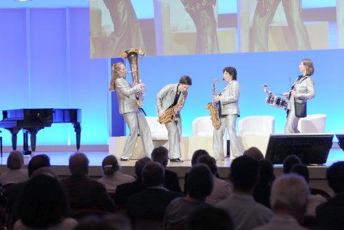 Das Musikerinnen Quartett bereichert Ihre Vortraege, Praesentationen, Podiumsdiskussionen, Workshops oder Abendveranstaltungen.